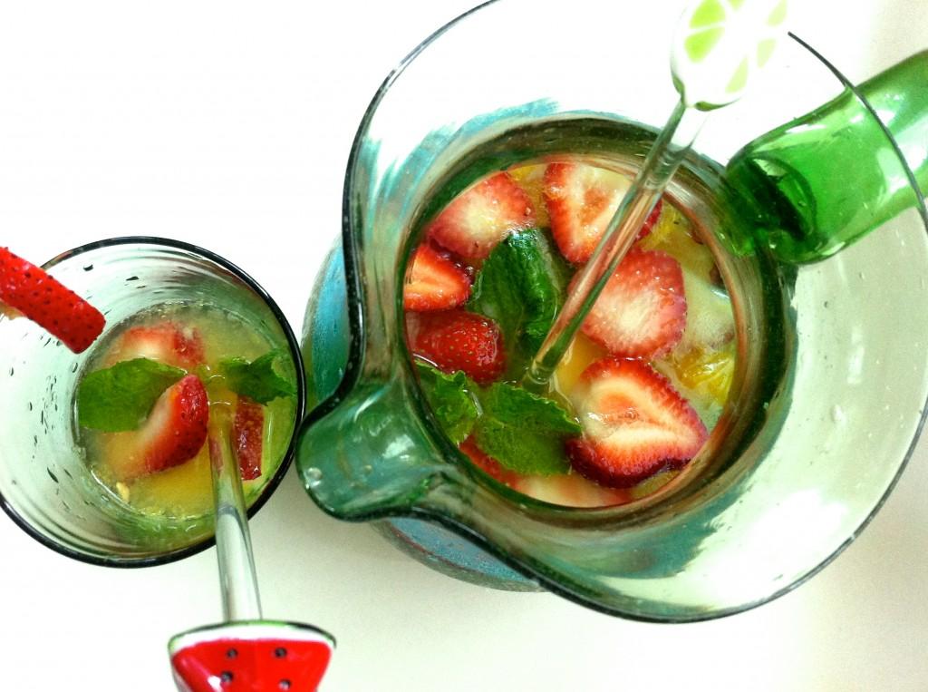 Homemade summer, pitcher